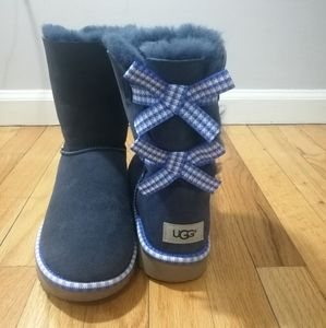 🆕Ugg blue navy gingham bailey bow boots size 8